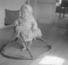 Ходунки. 1942 г.