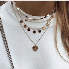 Baguette Diamond Necklace/ Gold Baguette and Round Cut Diamond Necklace/ Minimalist Baguette Necklace/ Dainty Mix Diamond Necklace - Fine Jewelry Ideas Dainty Jewelry, Cute Jewelry, Boho Jewelry, Jewelry Accessories, Fashion Accessories, Jewelry Necklaces, Women Jewelry, Jewelry Tumblr, Jewelry Ideas