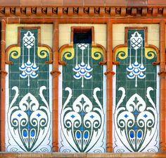 回 Tile o Phile 回  Tiles at Hospital de la Santa Creu i Sant Pau | Photo by Arnim Schulz on flickr.jpg