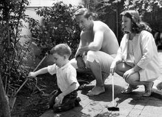 Richard Boone & Claire McAloon with their son Peter 1958. This was his 3rd and final marriage and only child. He is the cousin of Pat Boone and a descendent of Daniel Boone. He died in 1981, age 63, of throat cancer and pneumonia.