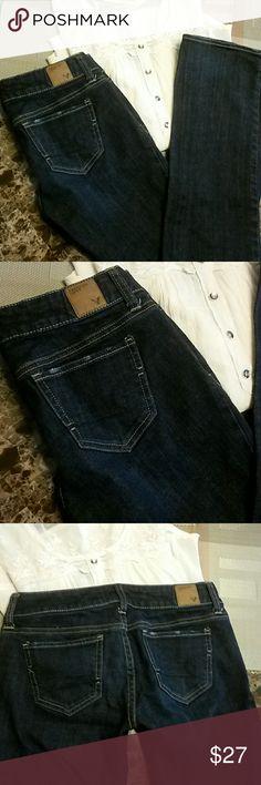 American Eagle jeans sz 0 straight leg Like new American Eagle sz 0 straight leg stretch American Eagle Outfitters Jeans Straight Leg