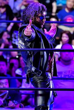 """The Cleaner"" Kenny Omega Men's Wrestling, Japan Pro Wrestling, Wrestling Stars, Wrestling Superstars, Kenny Omega, Wwe Tna, Thing 1, Aj Styles, Professional Wrestling"