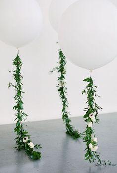 この画像は「結婚式のテーマはバルーン!風船を使ったおしゃれなウエディング装飾アイディア30選♡」のまとめの7枚目の画像です