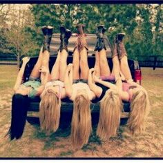 I totally want to do this with my friends this summer!!