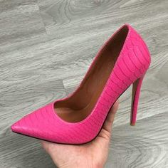 SHOES STORE – ST fashion shop Shoes Heels Pumps, Hot Heels, Sexy High Heels, High Heels Stilettos, Womens High Heels, Unique Shoes, Dress And Heels, Toe Shape