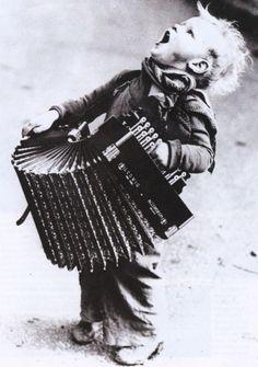 Accordion player:D #fisarmonica #accordion