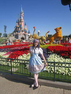 Jak wspominasz Disneyland? Przezczytaj blog DisneyLady! http://www.ubieranki.eu/blog/10549/353/jak-to-bylo-w-disneylandzie-_-moje-ulubione-miejsca.html