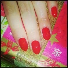 red almond nails by Valeria Karra