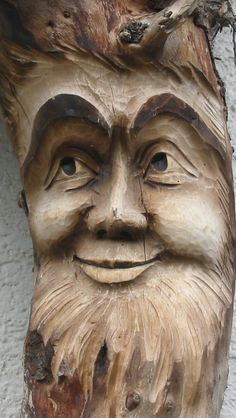 Wood carving- a kind face by ~XxLxX on deviantART