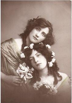flower crowns...