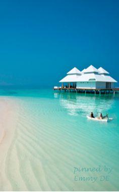 Hotel Diamonds Athuruga Beach & Water Villas, Maldives ~ Colette @}-,-;---