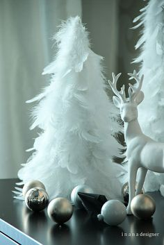 höyhenkuusi Christmas Time, Christmas Crafts, Merry Christmas, Christmas Decorations, Xmas, Christmas Ideas, Old Postcards, Upcycle, Bird