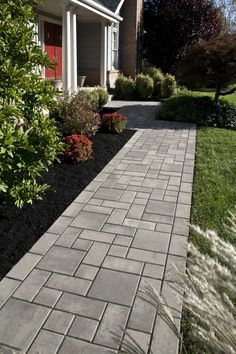 front walkway pavers Top 50 Best Paver Walkway Ideas - Exterior Hardscape Designs Using Room Color T Front Yard Landscaping, Backyard Patio, Landscaping Ideas, Front Yard Walkway, Driveway Gate, Paved Backyard Ideas, Front Path, Paver Walkway, Walkway Ideas