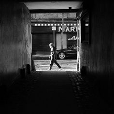 When it comes to shooting street images there are some core skills that work really well @flixelpix is demonstrating one perfectly here - seeking out a scene with plenty of contrast. Framing the alleyway it was then simply a case of waiting for someone to walk past to create this eye catching image which he took with a Fujifilm X100F #fujipotd #fujifilm #x100f #black&white #mono #street #belfast #documentary #contrast via Fujifilm on Instagram - #photographer #photography #photo #instapic…