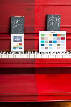 knot too shabby: The Red Piano-Painted in Milk Paint AND Chalk Paint® decorative paint - chalk paint vs. Trendy Furniture, Shabby Chic Furniture, Painted Furniture, Diy Furniture, Furniture Projects, Vintage Furniture, Annie Sloan Wax, Annie Sloan Chalk Paint, Refinish Piano