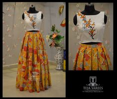 Crop top and long skirts Simple Kurti Designs, Salwar Designs, Choli Designs, Blouse Designs, Indian Dresses, Indian Outfits, African Fashion, Indian Fashion, Cute Dresses
