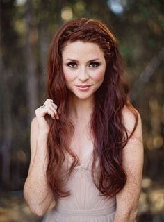 ❤ Beautiful auburn hair for us fair skinned ladies