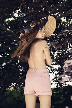 Picture of Solveig Mørk Hansen White Shorts, Fashion Photography, Spring Summer, Lady, People, Pictures, Inspiration, Clothes, Vintage
