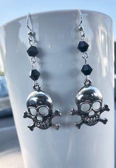 Skull and Crossbones Earrings,  Halloween Earrings, Pirate Earrings, Halloween Jewelry, Pirate Jewelry, Cross  Bones, Skull Earrings, Skulls Halloween Earrings, Halloween Jewelry, Cross Jewelry, Diy Jewelry, Skull Earrings, Drop Earrings, Pirate Jewelry, Skull And Crossbones, Black Glass