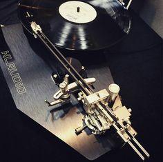 Audio Music, Hifi Audio, High Fi, Technics Sl 1200, Radios, Vinyl Junkies, Audio Room, Record Players, High End Audio