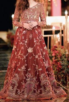 Pakistani Party Wear Dresses, Wedding Party Dresses, Bride Photography, Fashion Photography, Bridal Outfits, Bridal Dresses, Lehenga Color Combinations, Pakistan Fashion, Groom Outfit