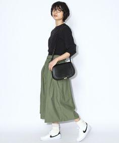 niko and...Women's(ニコアンドウィメンズ)の綿バックサテンフレアスカート【niko and...】(スカート) カーキ