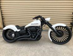 Harley Davidson News – Harley Davidson Bike Pics Classic Harley Davidson, Harley Davidson Dyna, Harley Davidson Motorcycles, Breakout Harley Davidson, Moto Bike, Motorcycle Bike, White Motorcycle, Custom Harleys, Custom Bikes