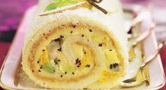 La saveur légèrement acidulée de cette bûche aux fruits enveloppée dans un manteau de coco râpé vous enchantera !
