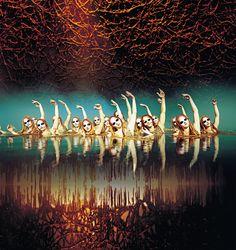 Un suggestivo momento di 'O', lo spettacolo acquatico del Cirque du Soleil di stanza a Las Vegas.