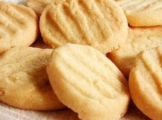 Biscoitinho de Mãe - Veja como fazer em: http://cybercook.com.br/receita-de-biscoitinho-de-mae-r-7-19404.html?pinterest-rec