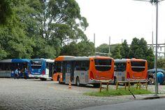 Terminal de ônibus Urbano. Foto: Marcos Santos/USP Imagens