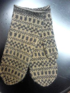 Crochet Mittens, Mitten Gloves, Knits, Socks, Embroidery, Knitting, Diy, Handmade, Fashion