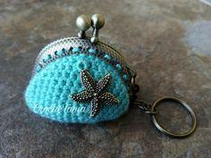 Llavero-monedero turquesa con estrella de mar (cierre bronce)