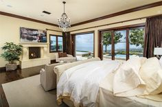 View 29 photos of this $13,500,000, 7 bed, 8.0 bath, 8000 sqft single family home located at 29 High Water, Newport Coast, CA 92657 built in 2013. MLS # NP16724089.