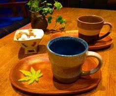 美濃焼ペアマグ&トレーセットが入荷しました お砂糖入れは栢野紀文さん作角高台鉢(小) あったかいコーヒー淹れて温まりましょっ  #織部 #織部下北沢店 #陶器 #器 #ceramics #pottery #clay #craft #handmade #oribe #tableware #porcelain