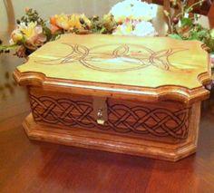 Celtic Storage Box / Jewelry Box #DIY #pendulum #woodburning