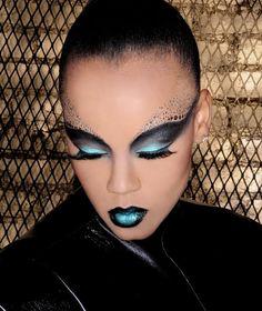 Darya Latham  Makeup Artist