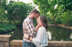 harley+and+aaron+engagement+session+at+turtle+creek+in+dallas+texas+-+anna+smith+photography-25