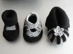 Just Skirts and Dresses: Quick little projects: baby bootie knitting patterns