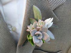boutonniere-mariage-succulente