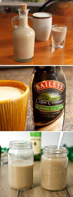 Hot chocolate with banana - Clean Eating Snacks Cocktails, Alcoholic Drinks, Chocolate Coquito Recipe, Baileys Coffee Creamer, Licor Baileys, Baileys Recipes, Decadent Cakes, Vodka, Baileys Irish Cream