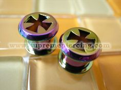 0g 8mm Colorful Iron Cross Steel Screw Flesh Tunnels