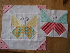 Quilt block butterfly - pic only Quilt butterfly Use for baby quilt? Butterflies for chocolate is the best medecine by Mari at ZewNice Quilt Blocks Archives - Page 2 of 10 - DIY Journaling Free Butterfly Handkerchief Quilt Pattern Monarch Butterfly Quilt Quilting Tutorials, Quilting Projects, Quilting Designs, Sewing Projects, Quilting Ideas, Quilt Baby, Small Quilts, Mini Quilts, Quilt Block Patterns