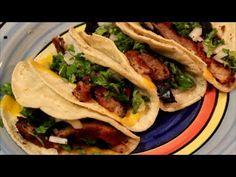 #Tacos de #Pastor a la Parrilla  Los tacos al pastor son una de las delicias de la cocina mexicana, te comparto la receta para prepararlos a la parrilla con queso y ademas te comparto un video con una receta muy parecida, ahora anímate a preparar y puedes estar seguro que a tus invitados les va a encantar.