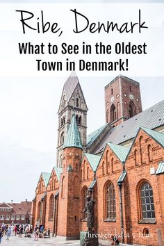 Ribe, Denmark: Visiting the Oldest Town in Denmark and Exploring the Beautiful Walking Streets! Backpacking Europe, Europe Travel Tips, Travel Advice, Travel Guides, Travel Destinations, Holiday Destinations, Bucket List Europe, Denmark Travel, Walking Street