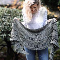 Glaciate Shawl Crochet pattern by The Velvet Acorn Poncho Au Crochet, Crochet Prayer Shawls, Crochet Shawls And Wraps, Crochet Scarves, Crochet Clothes, Crochet Stitches, Knit Crochet, Shawl Patterns, Knitting Patterns