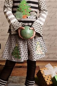 Mustard Pie Clothing - Emerson Skirt in Sage Black Dot Girls Christmas Outfits, Holiday Outfits, Ooh La La Couture, Girls Clothing Brands, Persnickety Clothing, Girl Outfits, Cute Outfits, Girls Dresses, My Style
