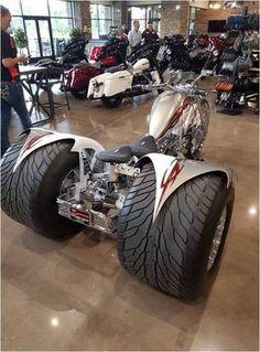 Awesome 2019 Super Trike, - M - Sidecar's & Trikes - Motorrad Custom Trikes, Custom Choppers, Futuristic Motorcycle, Motorcycle Bike, Motorcycle Quotes, E Quad, Harley Davidson Trike, Custom Street Bikes, Drift Trike