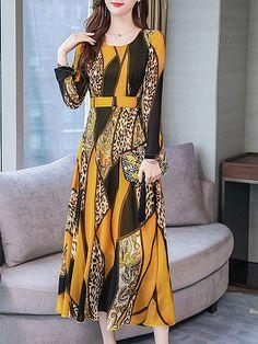 AZcczzii Womens Bohemian Plus Size Floral Cold Shoulder Summer Jumpsuit Bodysuit V-Neck Romper