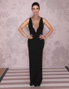 Minimalist Style, Minimalist Fashion, Stella Mccartney, Red Carpet, Mermaid, Vogue, Formal Dresses, Clothing, Movies